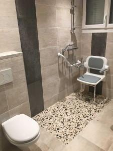 salle de bain accessible